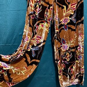 Velvet Anthropologie pants floral design size 6
